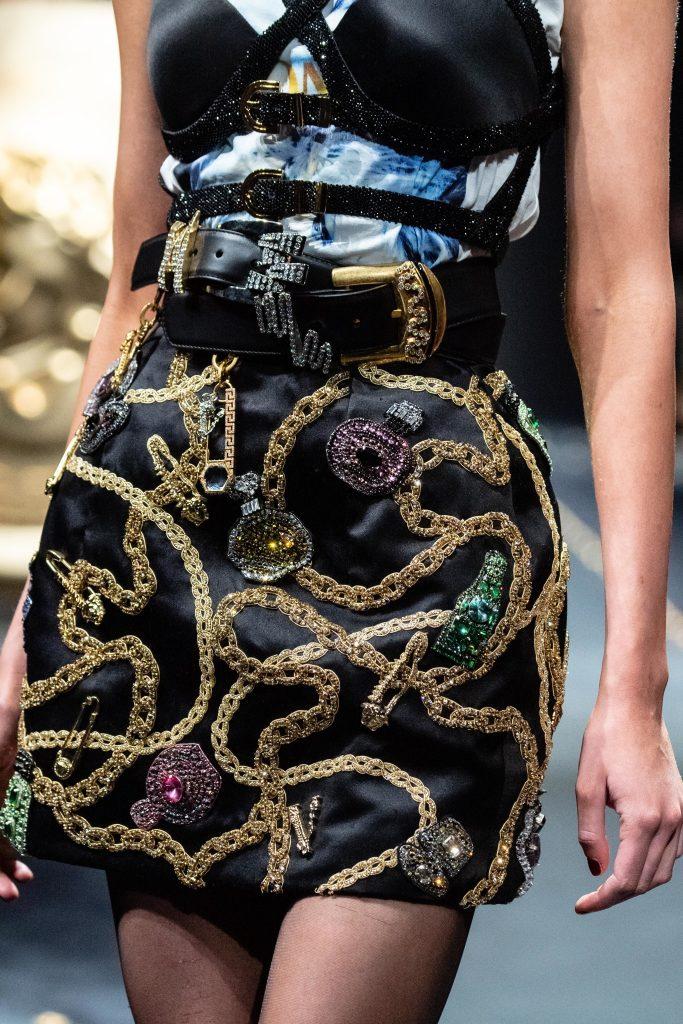 Detalhes Versace Outono 2019