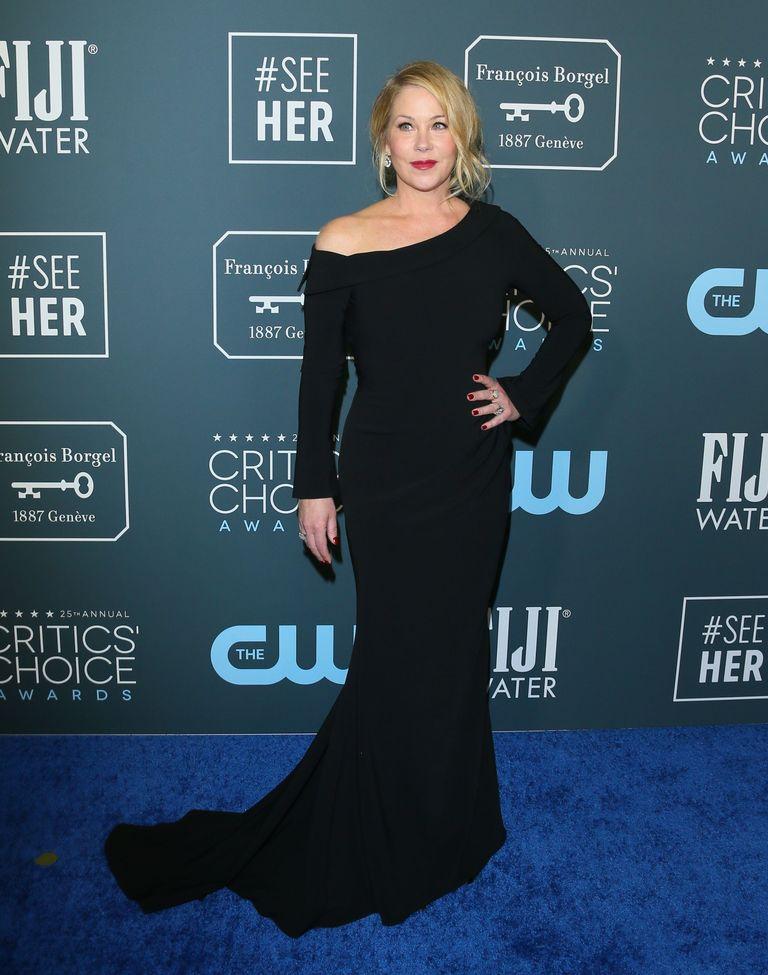 Christina Applegate de Christian Siriano no Critics' Choice Awards 2020
