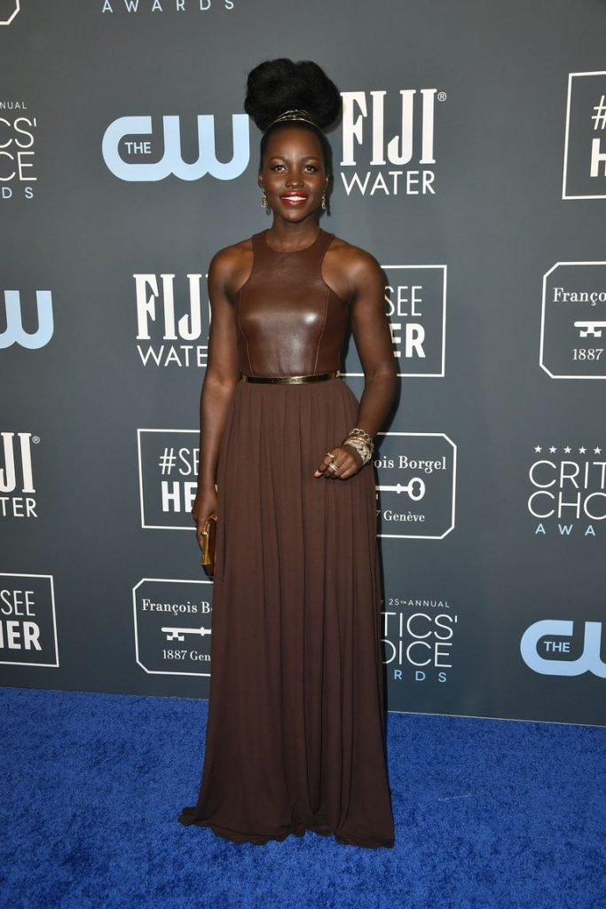 Lupita Nyong'o de Michael Kors no Critics' Choice Awards 2020