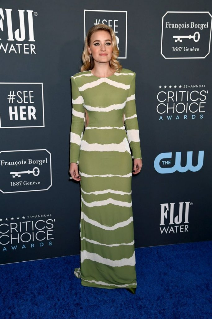 AJ Michalka de Elisabetta Franchi no Critics' Choice Awards 2020