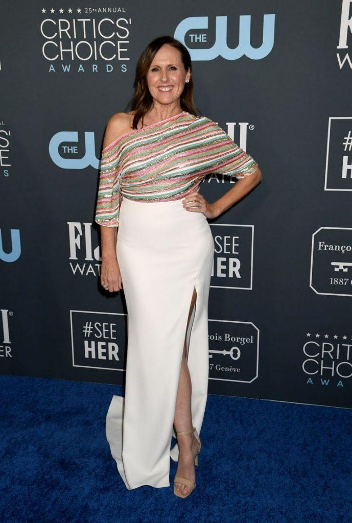Molly Shannon de Badgley Mischka no Critics' Choice Awards 2020
